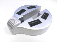 [PS2] Slim HUB stojan na 4 paměťové karty a ovladače - stříbrný (estetická vada)