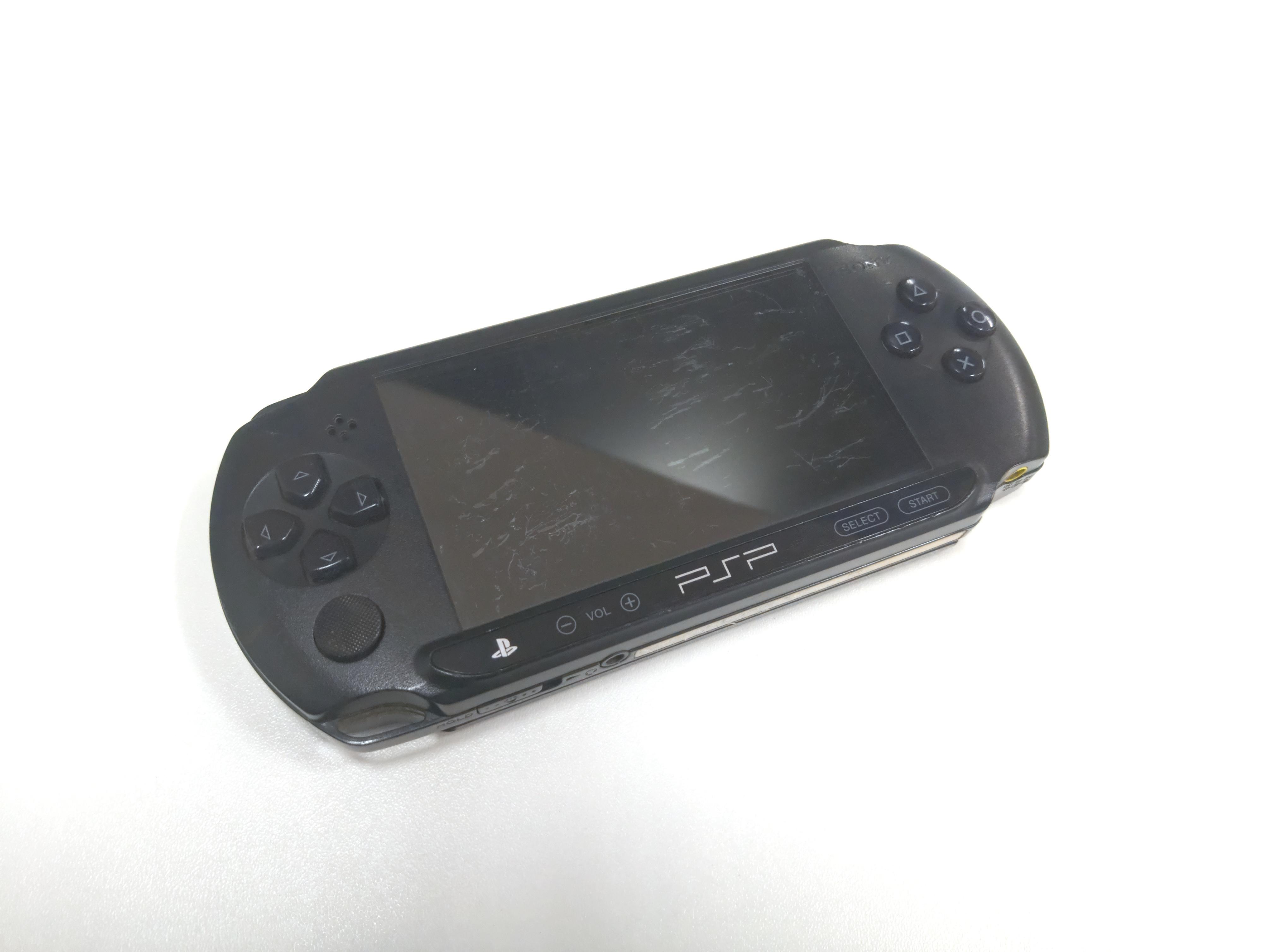 PSP verze E1004 (estetické vady)