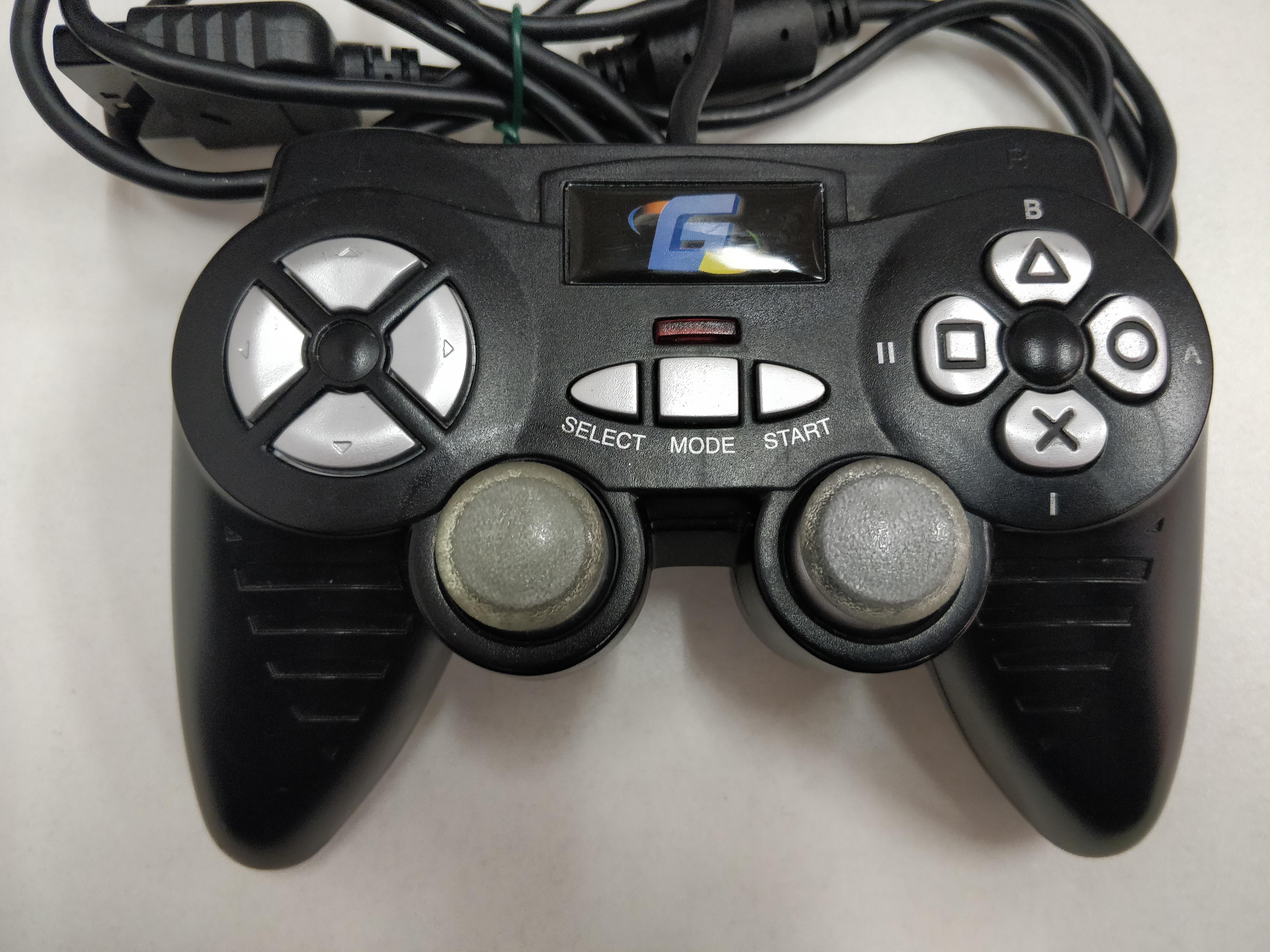 [PS2] Drátový Ovladač Gamester - černý (estetická vada)