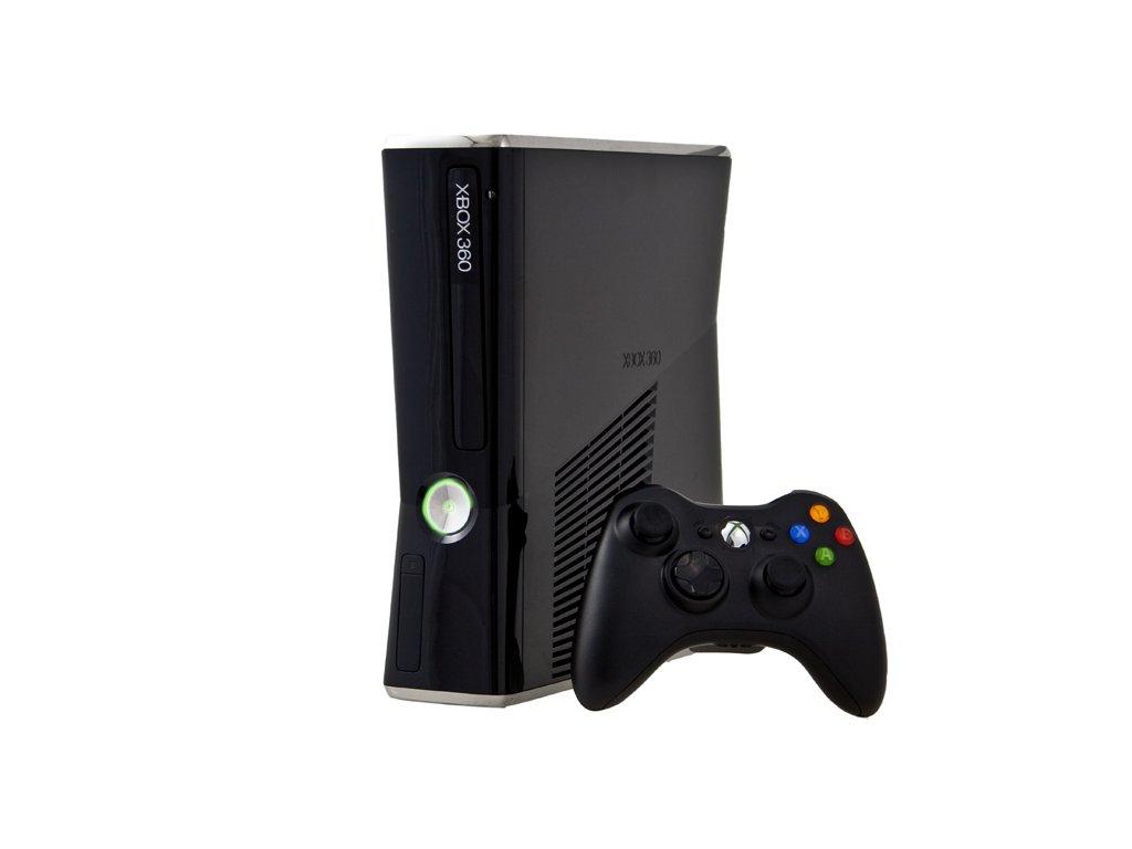 Xbox 360 Slim 4GB (C)
