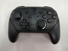 [Nintendo Switch] Bezdrátový Ovladač Nintendo Pro - černý (estetická vada)