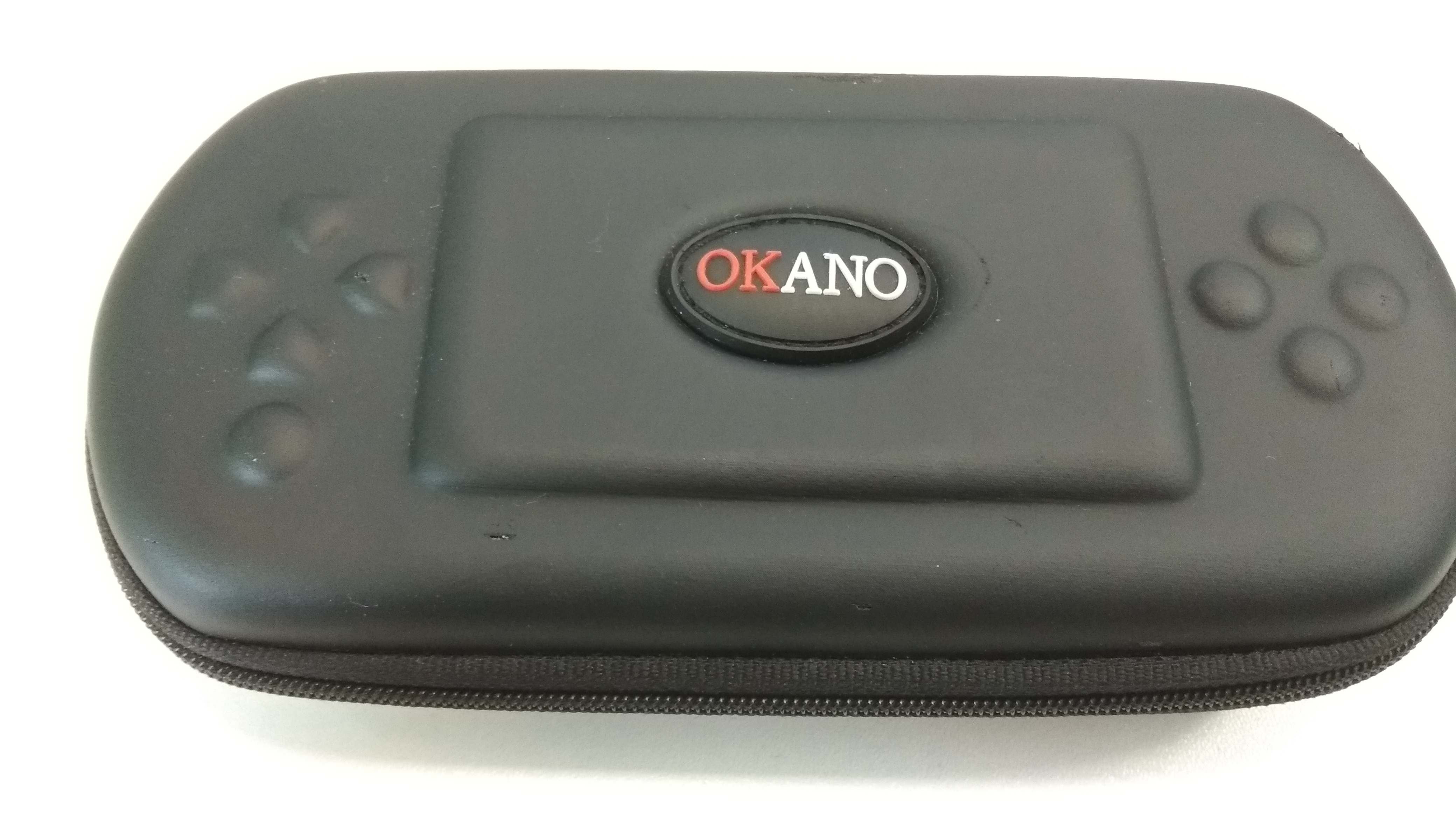 [PSP] Pouzdro Okano černé (estetická vada)