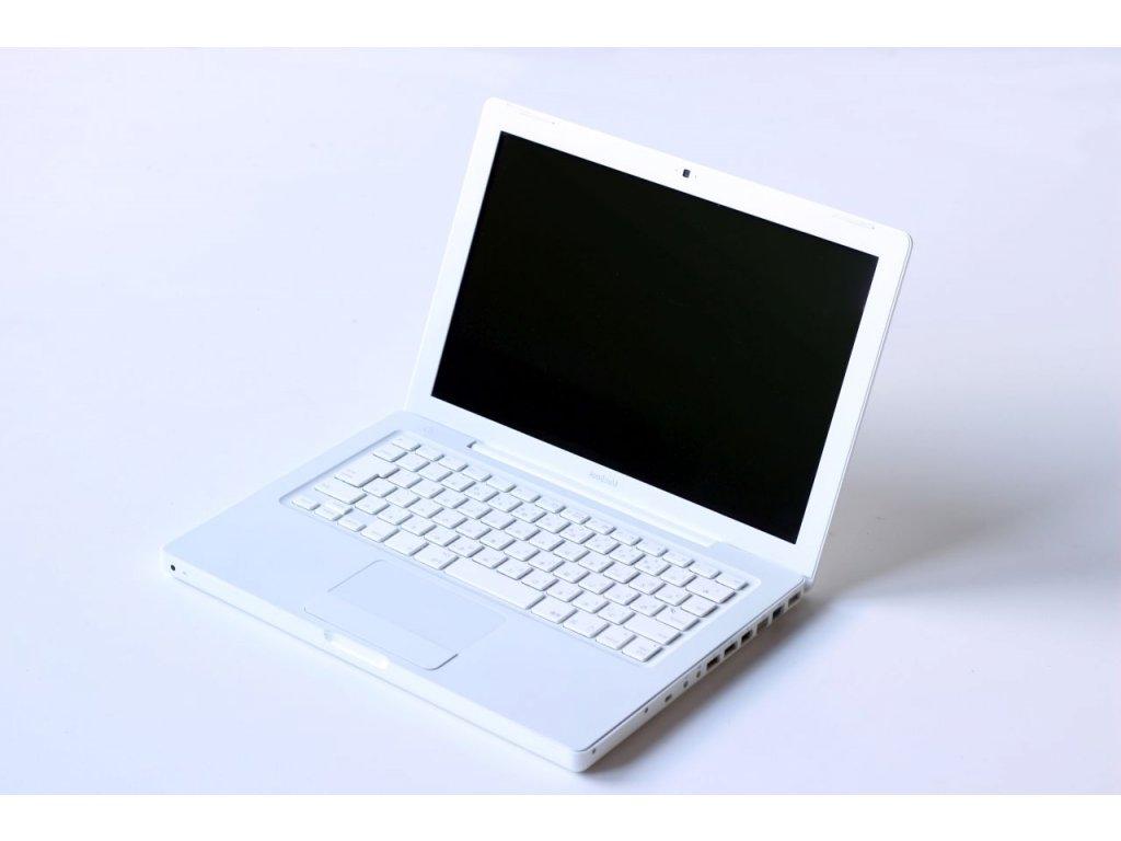 Apple Macbook 2004 (A1181) (nefunkční baterie, japonská klávesnice, estetické vady)
