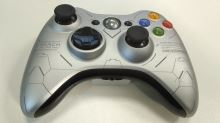 [Xbox 360] Bezdrátový Ovladač Microsoft - Halo Reach Limited Edition (estetická vada)