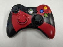 [Xbox 360] Bezdrátový Ovladač Microsoft - černočervený (estetické vady)